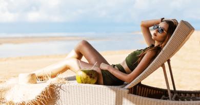 Transat de plage résine tressée